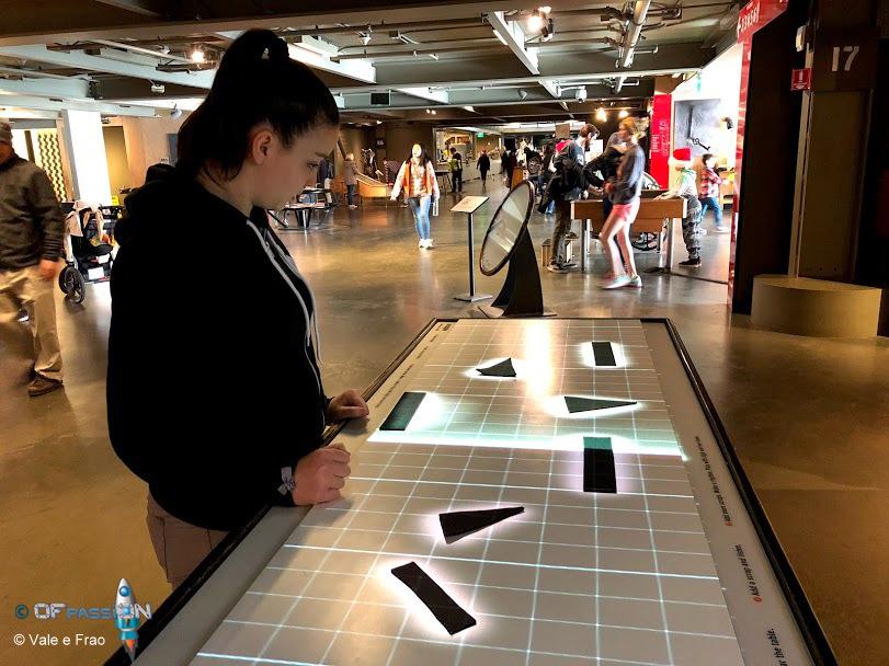 attività con oggetti e meccanismi exploratorium valeria cagnina