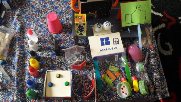 robot ofpassion little girls laboratory